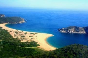 Bahía-de-Cacaluta.jpg